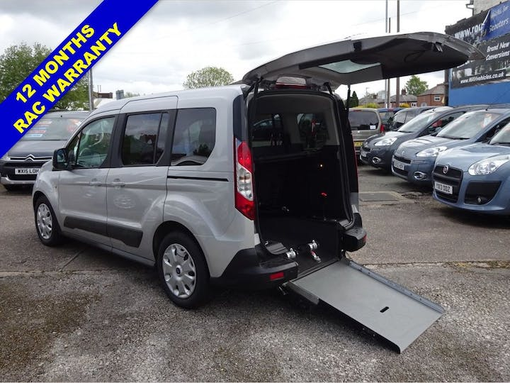 Silver Ford Tourneo Connect Zetec 2015