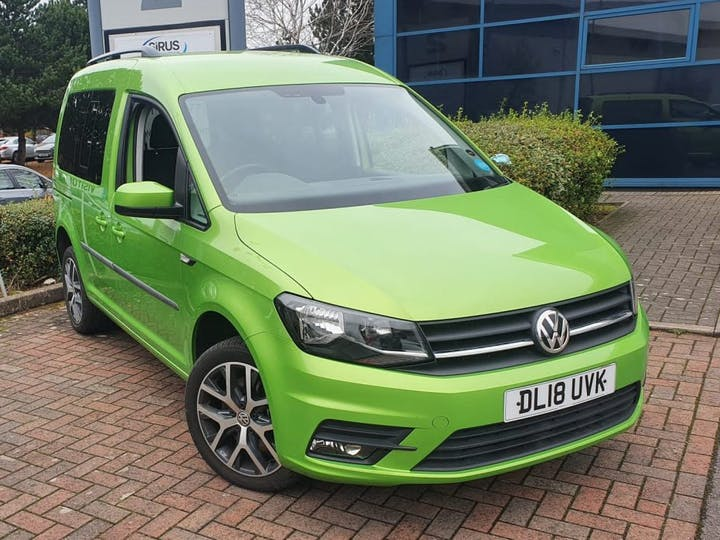 Green Volkswagen Caddy C20 Life Tsi 2018