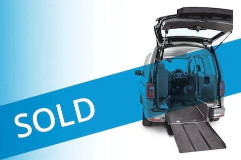 Blue Volkswagen Caddy C20 Life TDi 2015