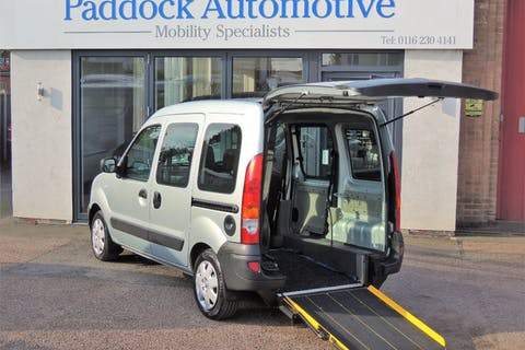 Silver Renault Kangoo Authentique Dci 2008