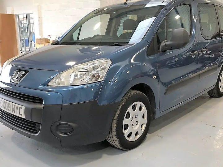 Blue Peugeot Partner Urban 2009
