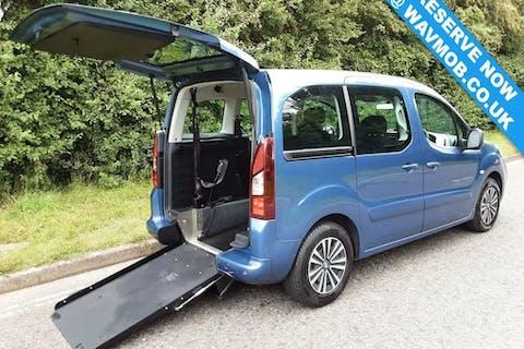 Blue Peugeot Partner E-hdi Tepee S 2012