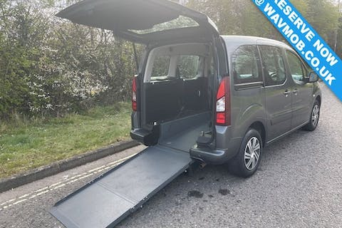 Grey Citroën Berlingo Multispace HDi Vtr 2015