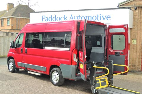Red Peugeot Boxer HDi 333 L2h2 W/v 2015