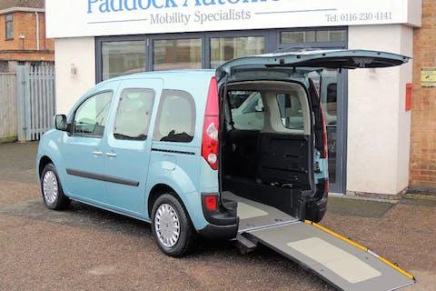 Blue Renault Kangoo Expression Dci 2011