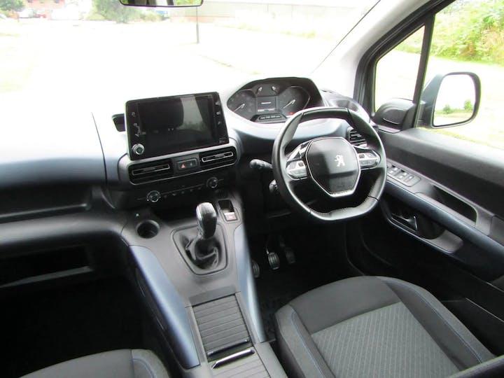 Grey Peugeot Rifter Horizon RS 2019