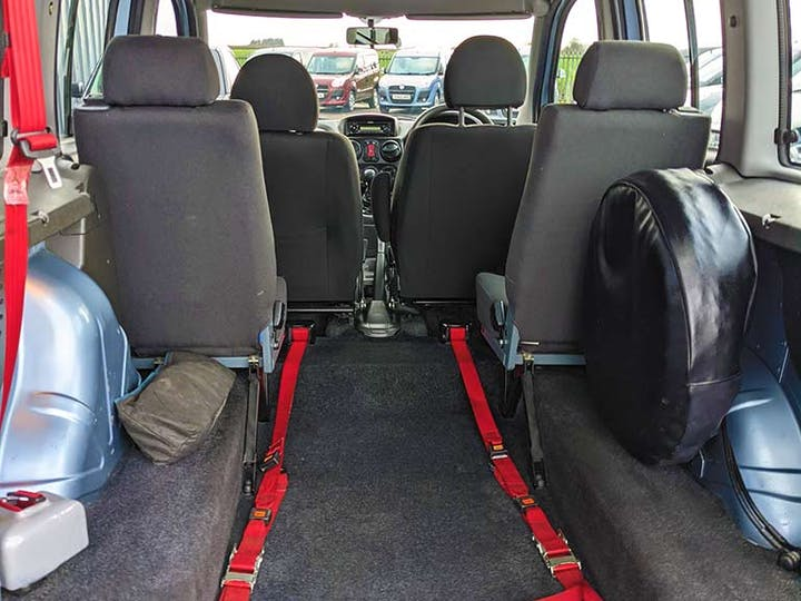 FIAT Doblo 8V Dynamic H/r 2010