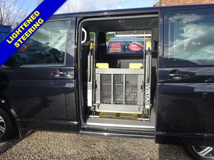 Black Volkswagen Transporter T30 TDi Shuttle SE 2014