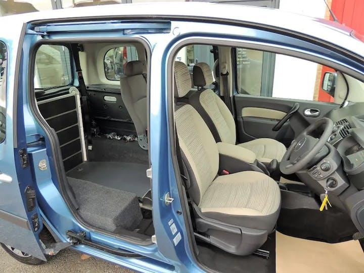Blue Renault Kangoo Expression Dci 2012