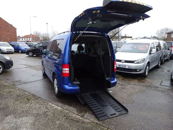 Blue Volkswagen Caddy C20 Life TDi 2012