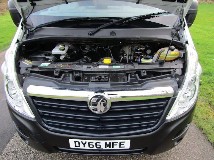 White Vauxhall Movano F3500 L3h2 P/v CDTi 2016