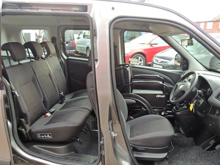 Grey FIAT Doblo MultiJet Easy 2015