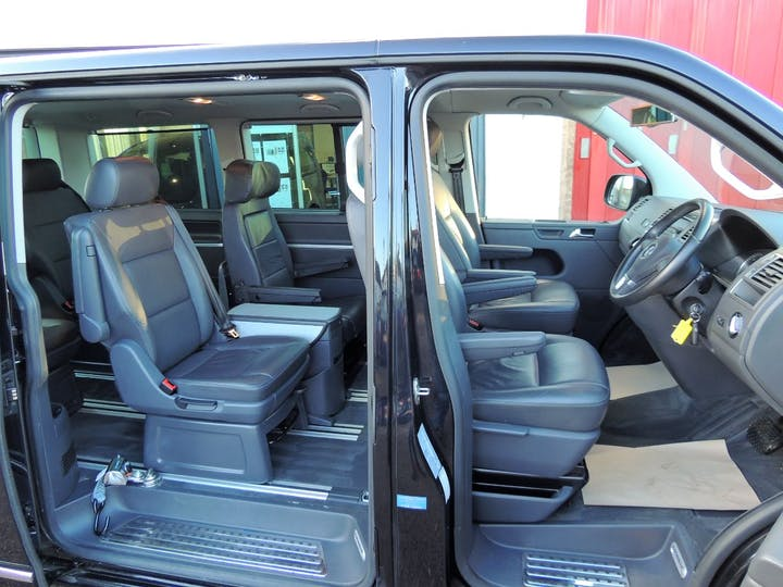 Black Volkswagen Caravelle Executive TDi 2012