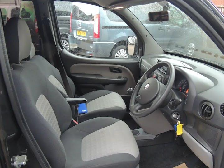 Black FIAT Doblo 8V Dynamic H/r 2008