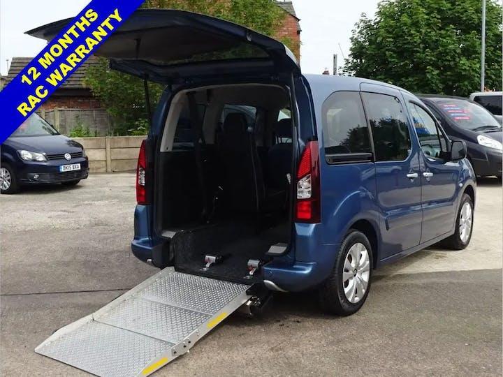 Blue Citroen Berlingo Multispace HDi Plus 2015