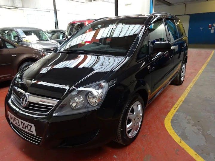 Black Vauxhall Zafira Exclusiv 2013