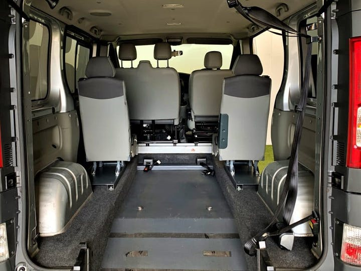 Silver Vauxhall Vivaro Combi CDTi SWB 2014