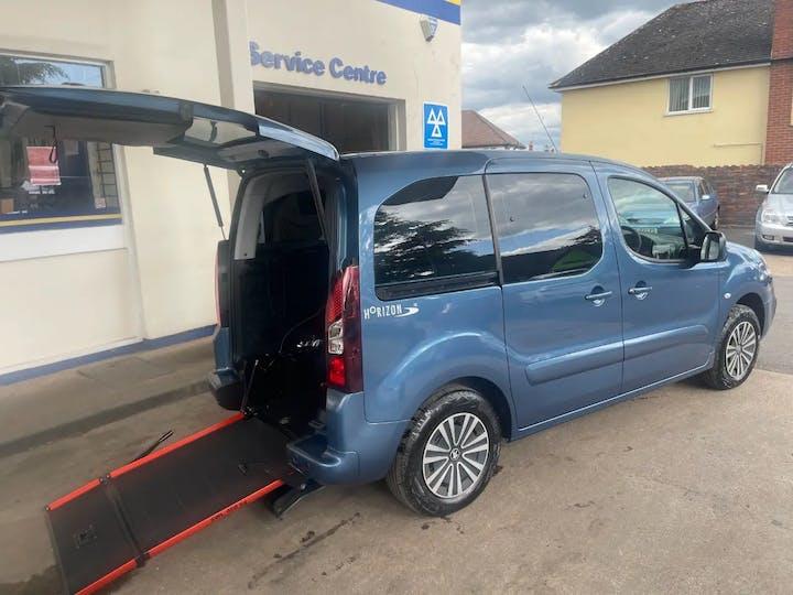 Blue Peugeot Partner Tepee Active 2016