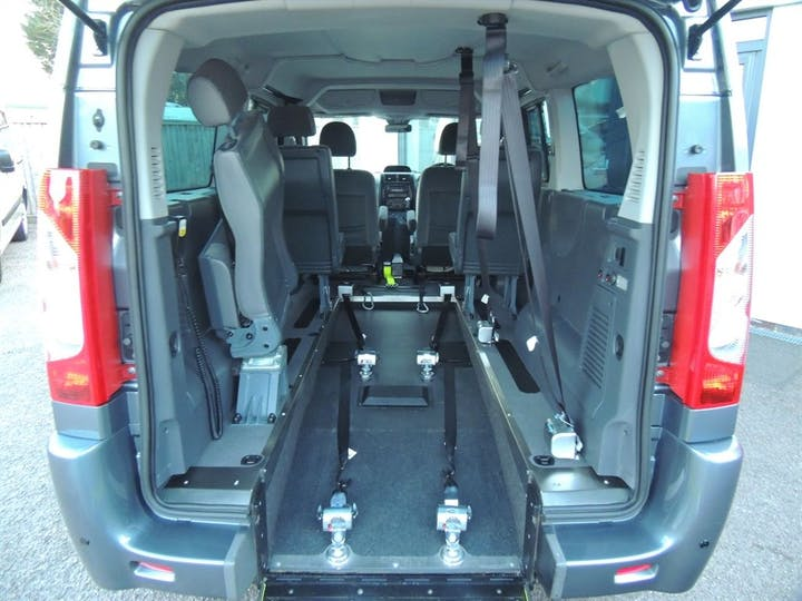 Grey Peugeot Expert HDi Tepee Comfort L1 2016