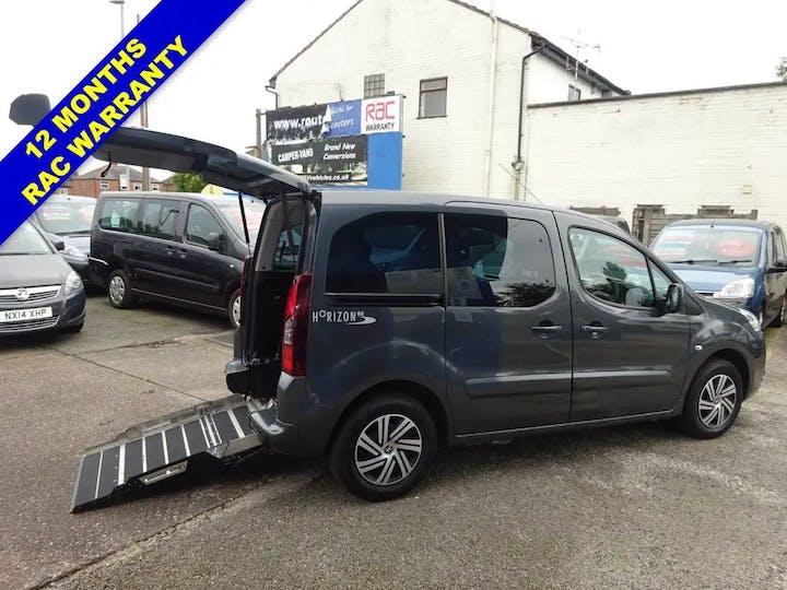 Grey Peugeot Partner HDi Tepee S 2014