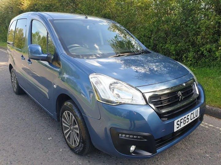 Blue Peugeot Partner Tepee Active 2015