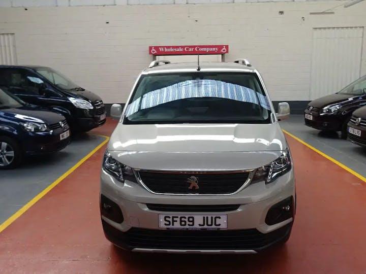 Gold Peugeot Rifter Horizon Re 2019