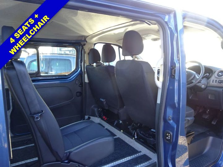 Blue Renault Trafic Sl27 Business Dci 2019