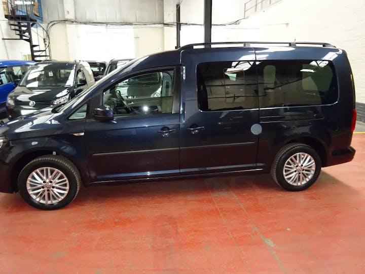Blue Volkswagen Caddy Maxi C20 Life TDi 2017