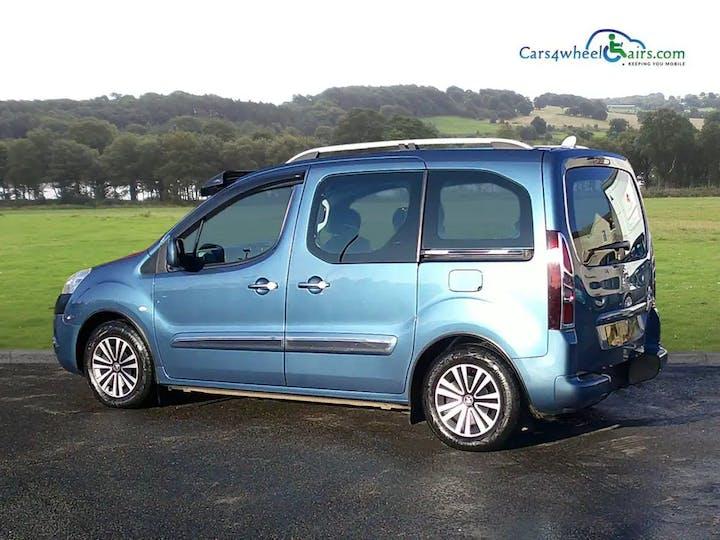 Blue Peugeot Partner E-hdi Tepee S 2013