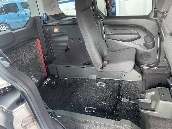 Silver Ford Freedom Re 2017