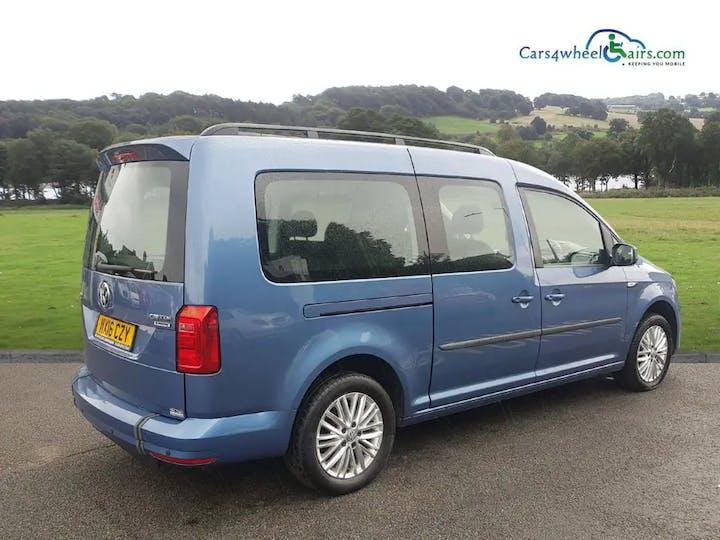 Blue Volkswagen Caddy Maxi C20 Life TDi 2016
