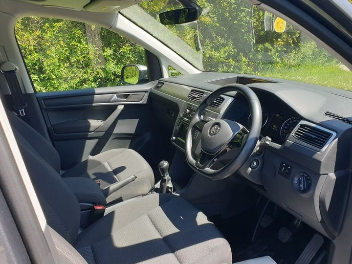 Grey Volkswagen Caddy Maxi C20 Life TDi 2016