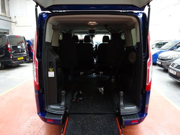 Blue Ford Tourneo Custom 310 Titanium TDCi 2018