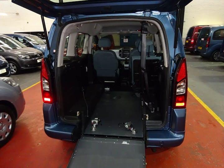 Blue Citroën Berlingo Multispace HDi Vtr 2015