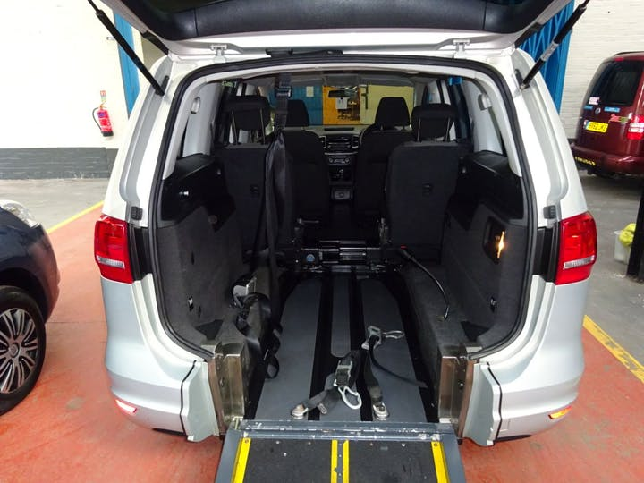 Silver Volkswagen Sharan S TDi 2012