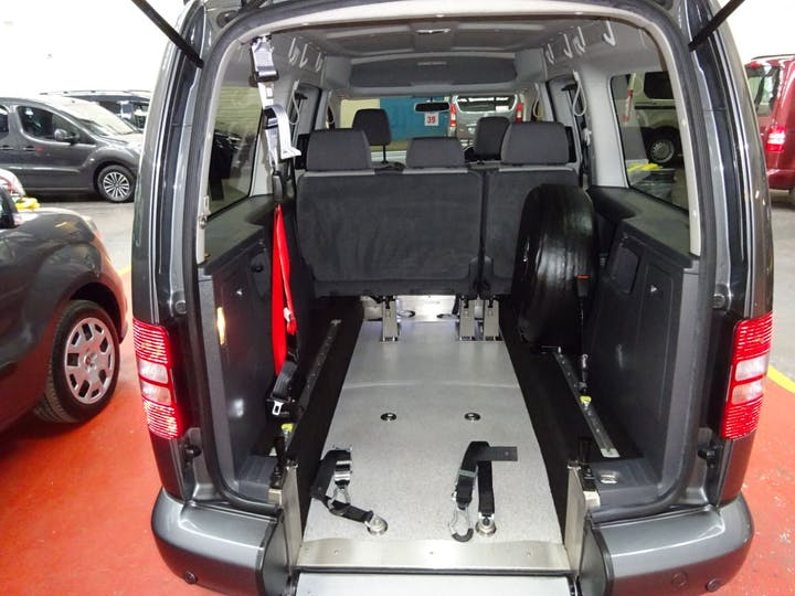 Grey Volkswagen Caddy Maxi C20 Life TDi 2011