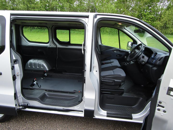 Grey Vauxhall Vivaro Combi CDTi 2016
