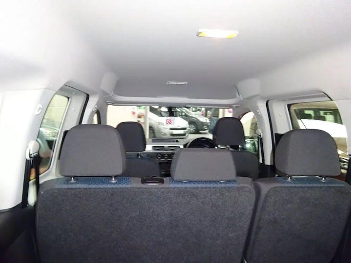 Silver Volkswagen Caddy Maxi C20 Life TDi 2016