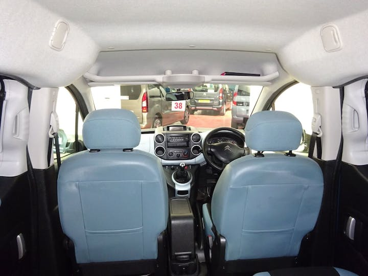 Blue Citroën Berlingo Multispace HDi Plus 2015