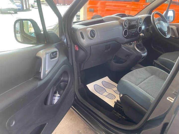 Grey Citroen Berlingo Multispace Bluehdi Edition 2017