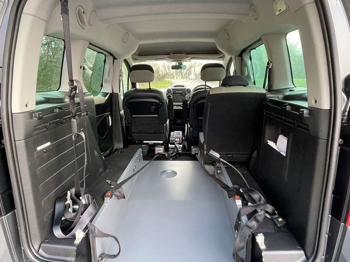 Grey Citroën Berlingo Multispace E-hdi Airdream Xtr Egs 2014