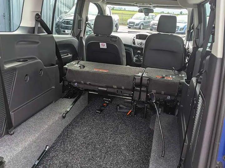 Ford Grand Tourneo Connect Zetec TDCi 2016
