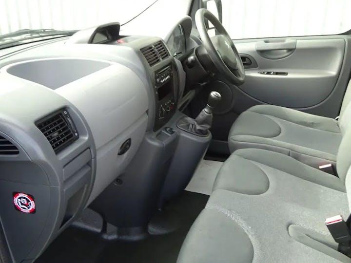 Silver Peugeot Expert HDi Tepee Comfort 2012