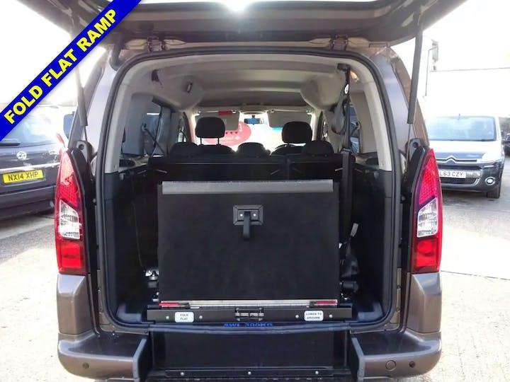 Brown Peugeot Partner Tepee S 2014