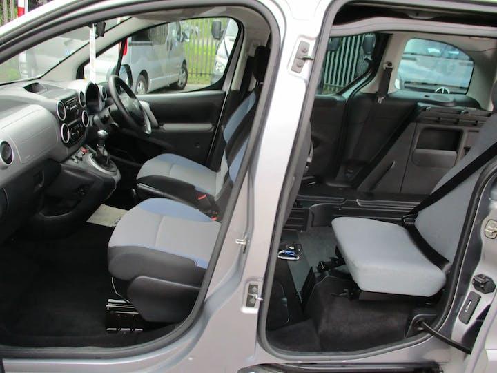 Grey Peugeot Partner Horizon Re 2016