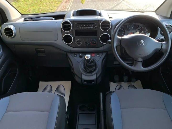 Grey Peugeot Partner HDi Tepee Outdoor 2015