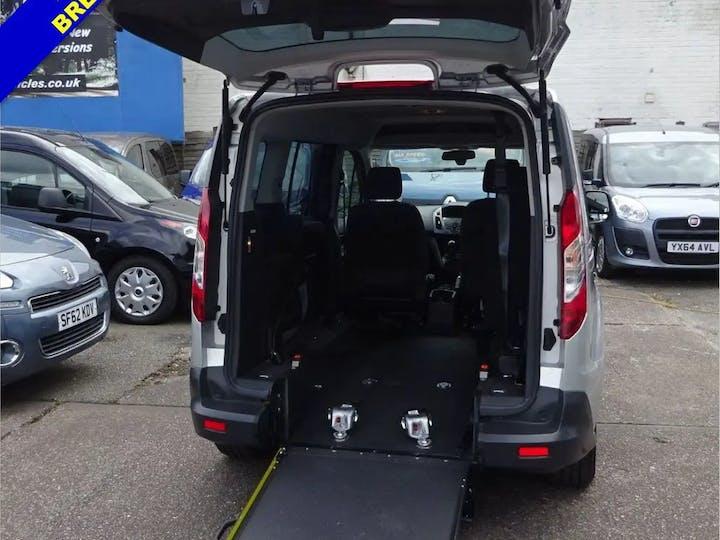 Silver Ford Grand Tourneo Connect Zetec TDCi 2019