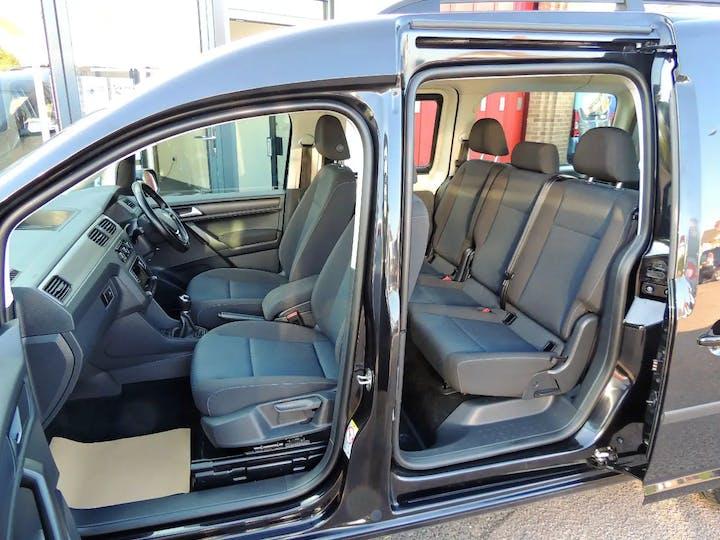 Black Volkswagen Caddy Maxi C20 Life TDi 2017