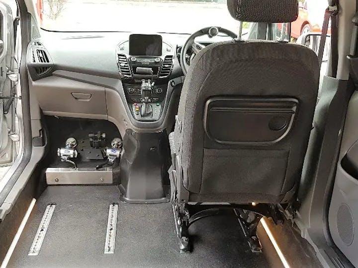 Silver Ford Grand Tourneo Connect Titanium TDCi 2020