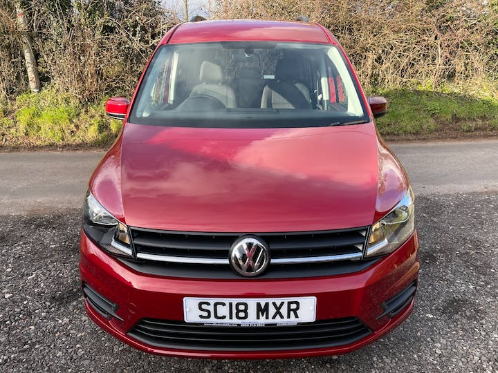 Red Volkswagen Caddy Maxi C20 Life TDi 2018